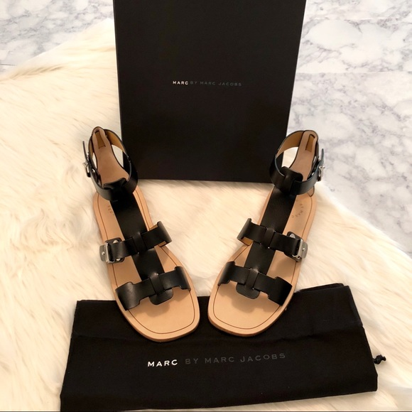 e9967644344 Marc Jacobs Black Strappy Gladiator Sandals